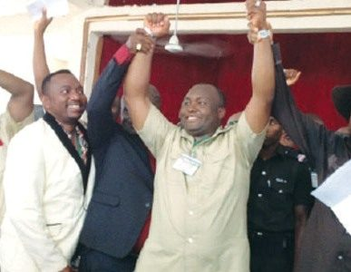 Capital Oil CEO, Ifeanyi Ubah (m) has become the peoples'champion with this gesture.