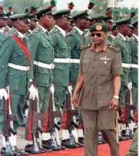 GENERAL-SANI-ABACHA-INSPECTS-TROOPS-1_A