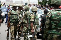 950341_Men_of_the_Nigerian_Army_reacting_to_a_bomb_scae_jpgeb973a43422a6608b4a4bc643c28ecf3