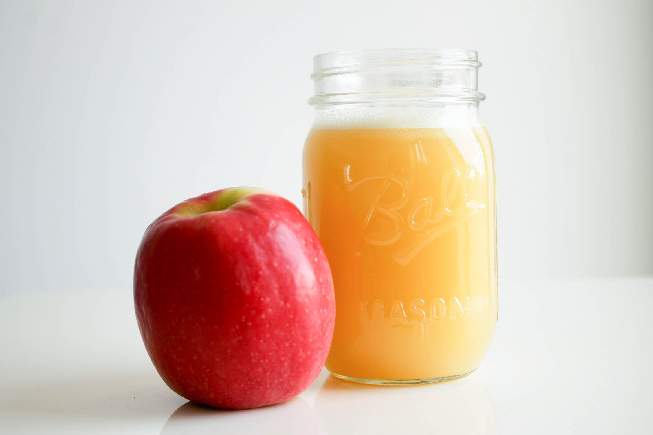 Raw-Manuka-Honey-Apple-Juice-01